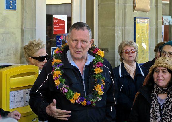 A l'occasion de son départ à la retraite, le chef de gare Paul Rochat a été fêté par les usagers CFF de Villeneuve et environs.
